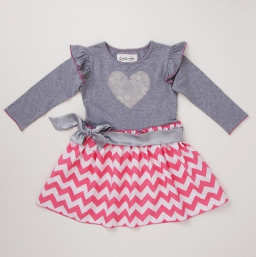love this! Chevron is so cute for Valentine's Day