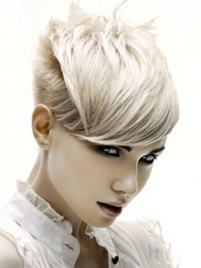 Pleasant 1000 Images About Daring Short Haircuts On Pinterest My Hair Short Hairstyles Gunalazisus