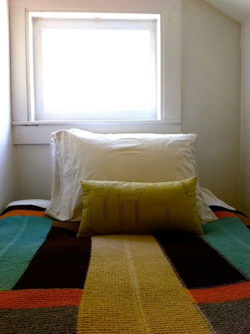 this little sleeping nook, which is actually a converted closet within the master bedroom.: Interiors Inspiration, Color, Knitting Blankets, Knitting Inspiration, Knitted Blankets, Bedroom