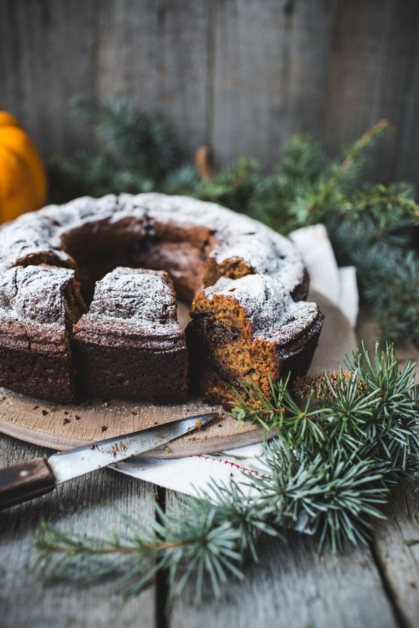 love food idea (not about styling) Chocolate Chip, Pumpkin and Rye Bundt Cake