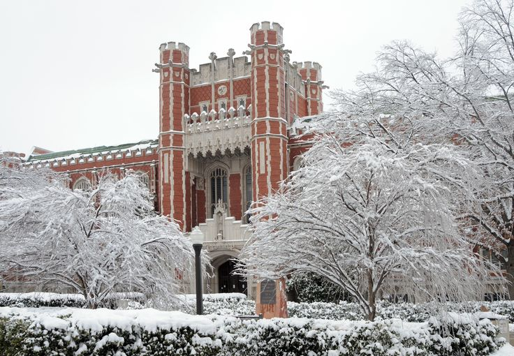 Winter scene in Norman. Oklahoma Sooners