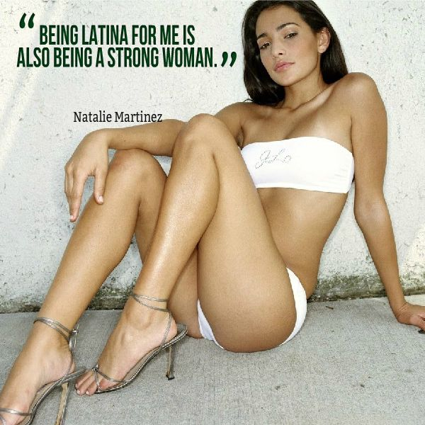 nhot naked girls muito gostosa! She's hot