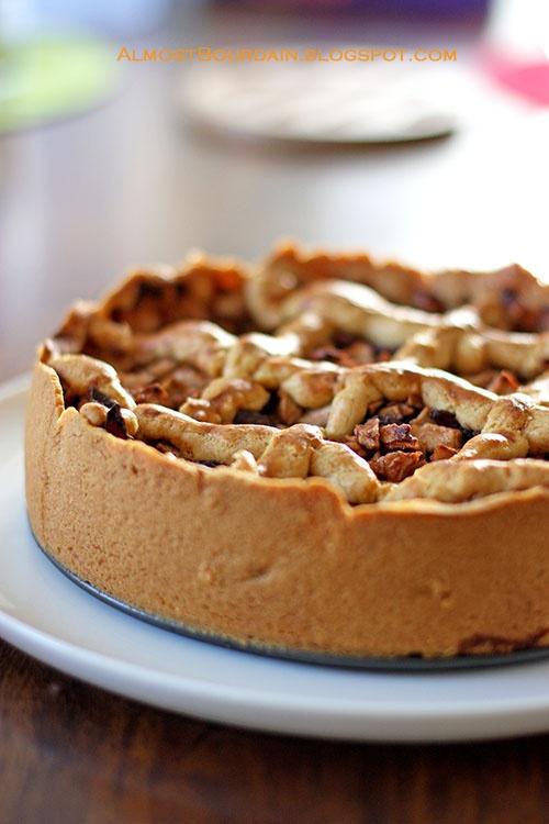 Appel taart, oma maakt er altijd eentje op verjaardagen, je mag me echt wakker maken voor haar taarten!