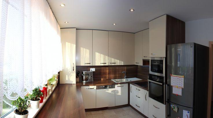 Velká kuchyně v paneláku v Jablonci | Nábytkové studio Kerim