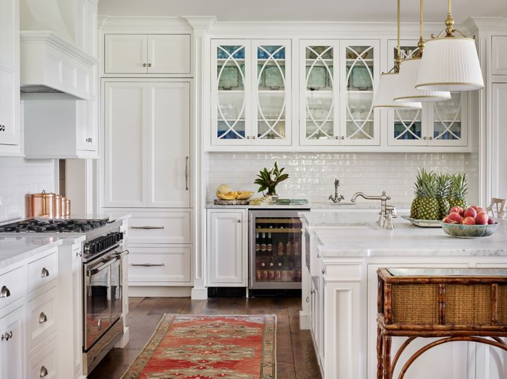 Best 25 southern charm kitchen ideas on pinterest beautiful kitchen beautiful kitchens and - Elegant italian style kitchen cabinets with timeless charm ...