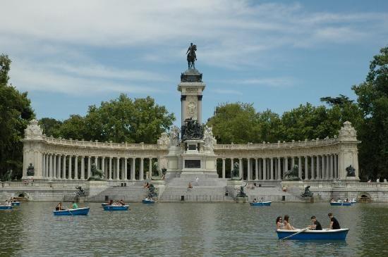 The lake in Retiro Park - Madrid, Spain
