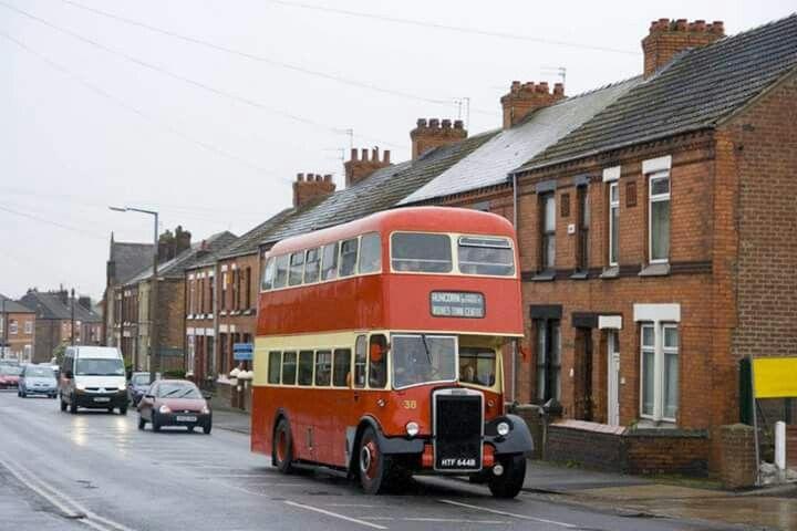 WIDNES BUS GOING DOWN DEACON ROAD