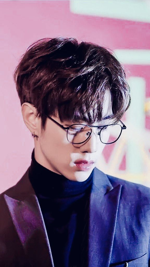 i'm quaking why is he so??? this is rude??? | mark tuan | got7 ☼
