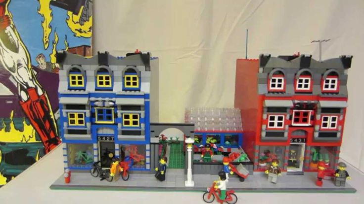 Custom LEGO Modular Bike Shop & Florist Shop