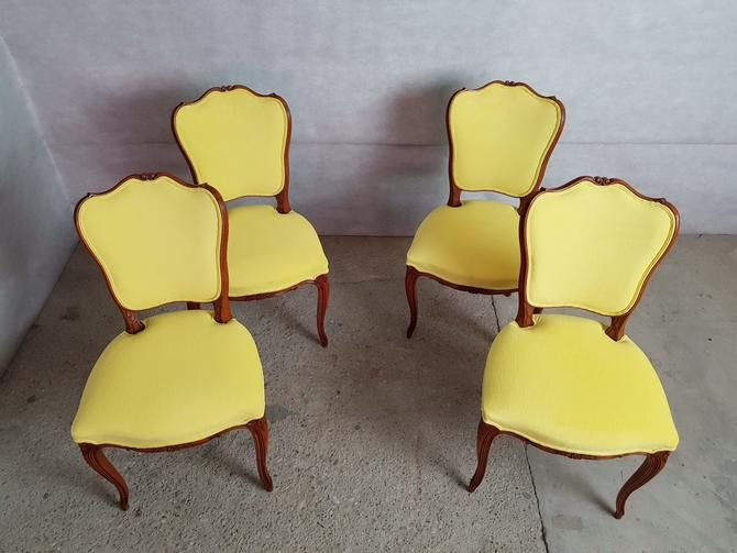 Set Of 4 Vintage French Louis Xv Style Reupholstered Royal Yellow Alcantara Dining Chairs From Barn 51 Vintage Of Astoria Ny Attic Dining Chairs Chair Reupholster Chair Dining