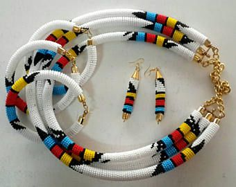 White African Necklace - Handmade Nacklaces - Maasai Beaded Necklaces - Zulu Beaded Rope Choker.