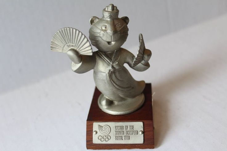 Vintage Rare 1988 Olympic Games Pewter Hodori Tiger Fans Mascot Pewter Statue