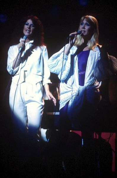ABBA Frida and Agnetha the guest of Olivia in USA 1978