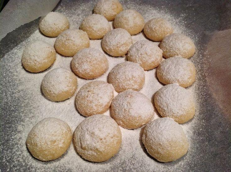 VÍKENDOVÉ PEČENÍ: Máslové sušenky Melting moments