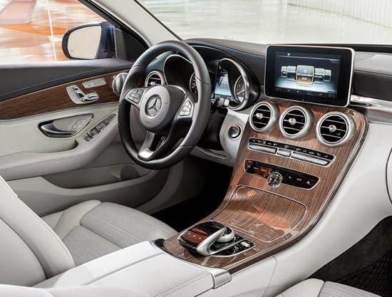 Les 25 meilleures id es de la cat gorie mercedes classe c for Mercedes classe c interieur