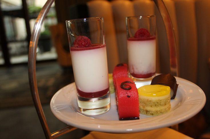 Afternoon tea in Warsaw: The Column Bar, Hotel Bristol  | Ladies What Travel
