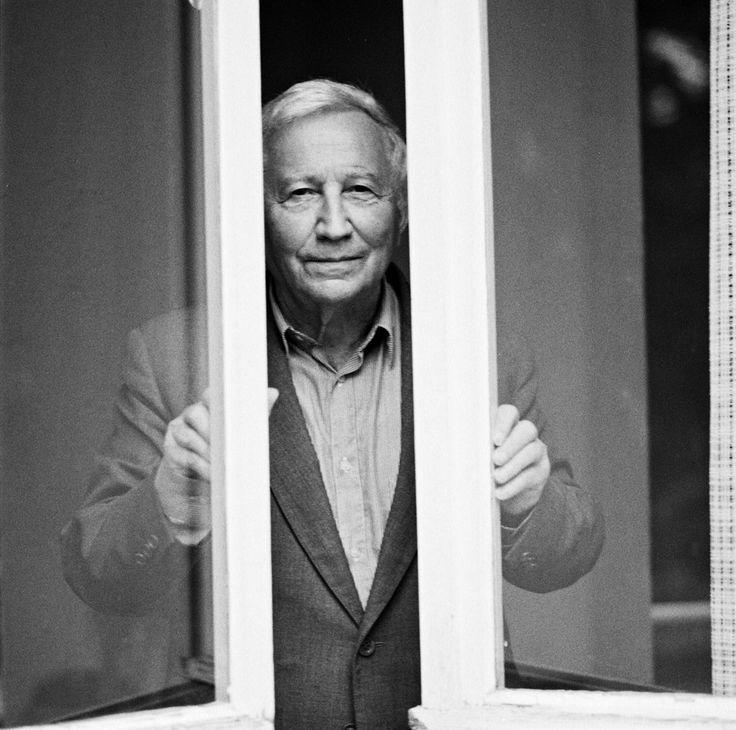 Tadeusz Różewicz (1921-2014) – polski poeta, dramaturg, prozaik i scenarzysta, jego książki przetłumaczono na ponad 49 języków #poetry #Wroclaw
