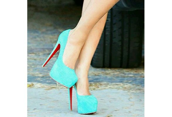 Wish | mint stilletos
