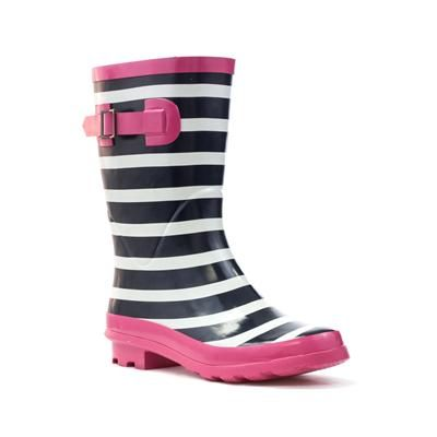 79304 We know the first few months of the year can be cold and sometimes snowy and wet. Don't get caught out, keep feet warm and dry in these pretty Pink & Navy Striped Wellies. £14.99 #womens #wellies #beatthejanuaryblues