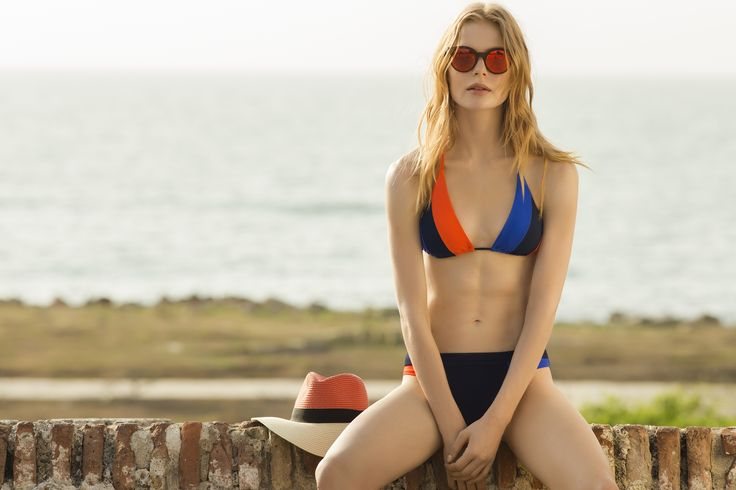 Color Block Triangle Bikini / Shop Online at www.touche.com.co / Touché Swimwear Collection