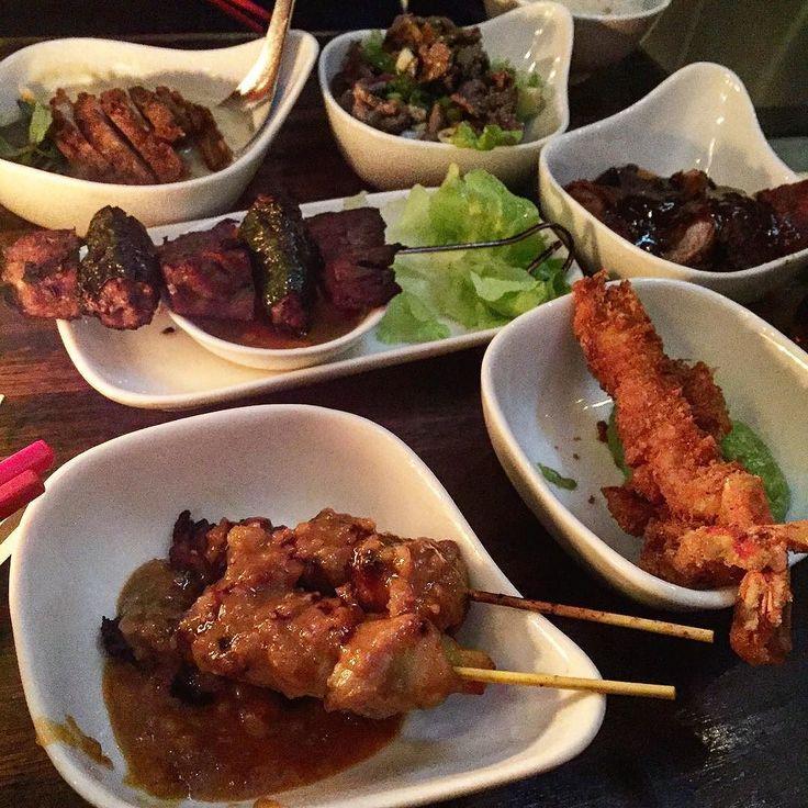 Nur zu empfehlen  eine Art asiatisches Tapas Restaurant  nicht clean aber ich würde von einem Freund eingeladen  #workout #eatclean #teamalina #training #instafam #icaniwill #instafood #abgerechnetwirdimmärz #abgerechnetwirdamstrand #alltimefavorite #asianfood #sizezero #sizezerome #SZ2k16 #staymotivated #dinner #deinprojekt #grenzenloserehrgeiz #fitfam #fitness #healthyfood #chicken #berlin #macros #Motivation by way_of_transformation