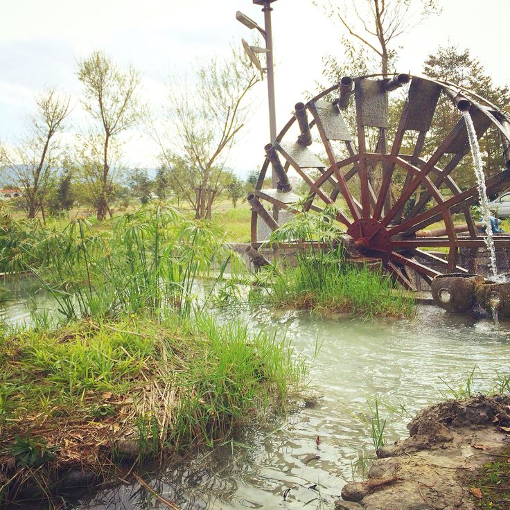 水車 water power machine #field #farming #river #land