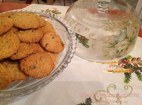 Φανταστικά μπισκότα που δεν πρέπει να λείπουν από κανένα τραπέζι!  Νόστιμα, εύκολα, μοσχοβολούν Χριστούγεννα!!!         Υλικά:  1 φλιτ...