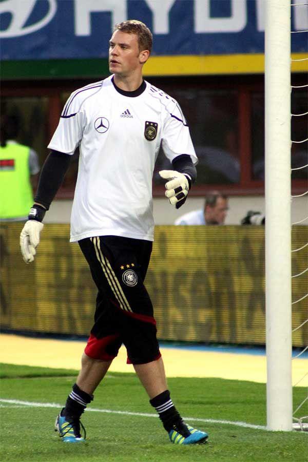 Manuel Neuer Height
