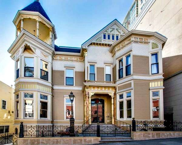 The Payne Mansion Hotel in San Francisco is situated in a Victorian era building that's been converted into a B&B