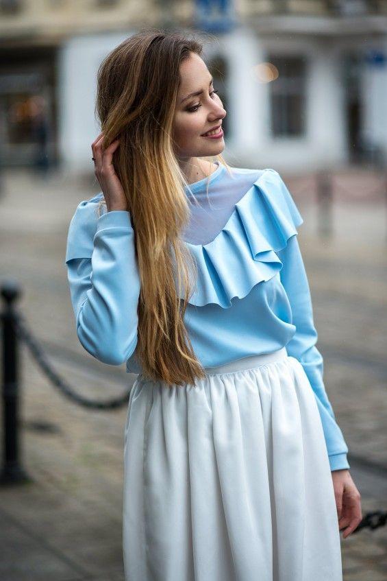 Bluza z falbanką Cranberry błękitna