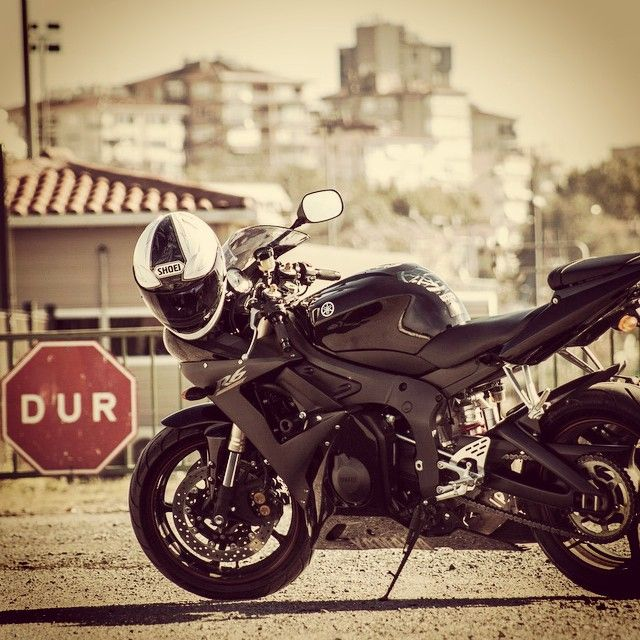 #2006 #Model #Yamaha #Yzf #R6 ~~~ #Racer ~~~ #Supersport ~~~ #Motorcycle ~~~ #Superbike ~~~ #Sportbike ~~~ #Honda #Yamaha #Kawasaki #BMW #KTM #MVAgusta
