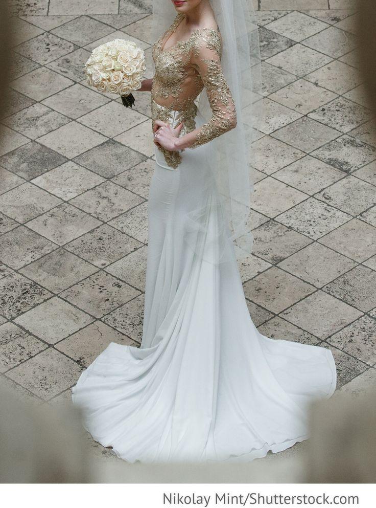 Elegantes Brautkleid für russische Hochzeiten