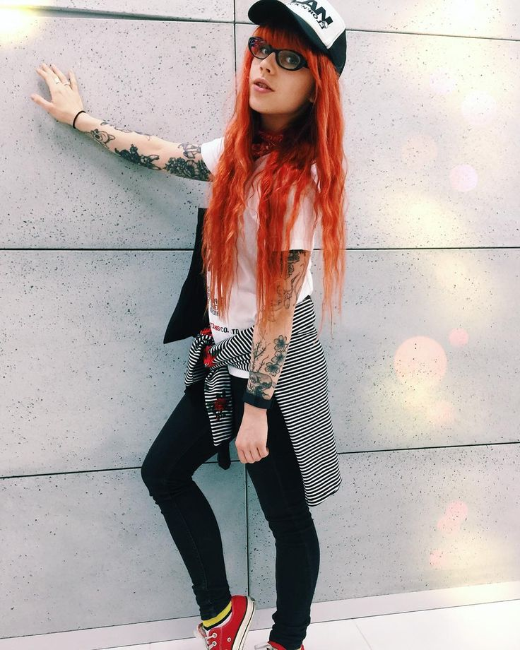 #redhead #girlswithredhair #ootd #girlswithtattoos #tattooedgirls #plan #outfitoftheday #altgirl #inked #inkedgirl #redhair