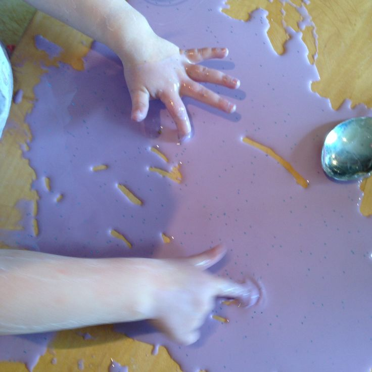 How to make gloop using just one household ingredient, water and some food colouring - www.thewobblyjelly,wordpress.com
