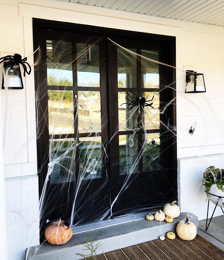 Simple Halloween Farmhouse Porch