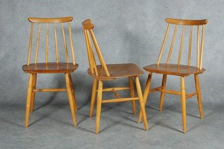 Fanett 2 fine pinnestoler... Finsk design av Imari Tappiovaara.. Kr 350,- stk.. kr 600,- begge