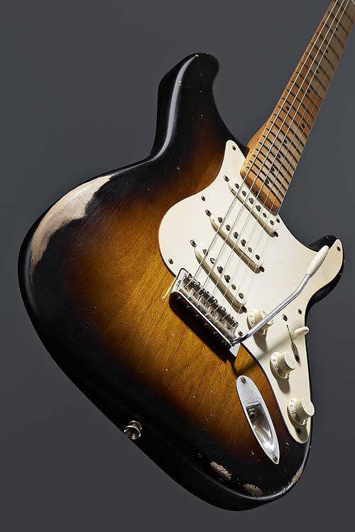 Fender Road Worn 50's Stratocaster in 2 Color Sunburst - 04 Apr 2017