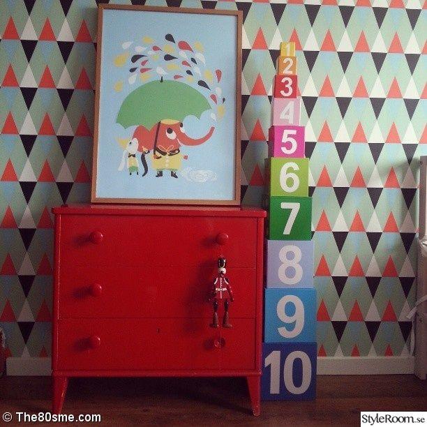 isak,littlephant,jabadabado,60-tal,60-tals villa,60-tals,barnrum,retro,byrå,röd kök