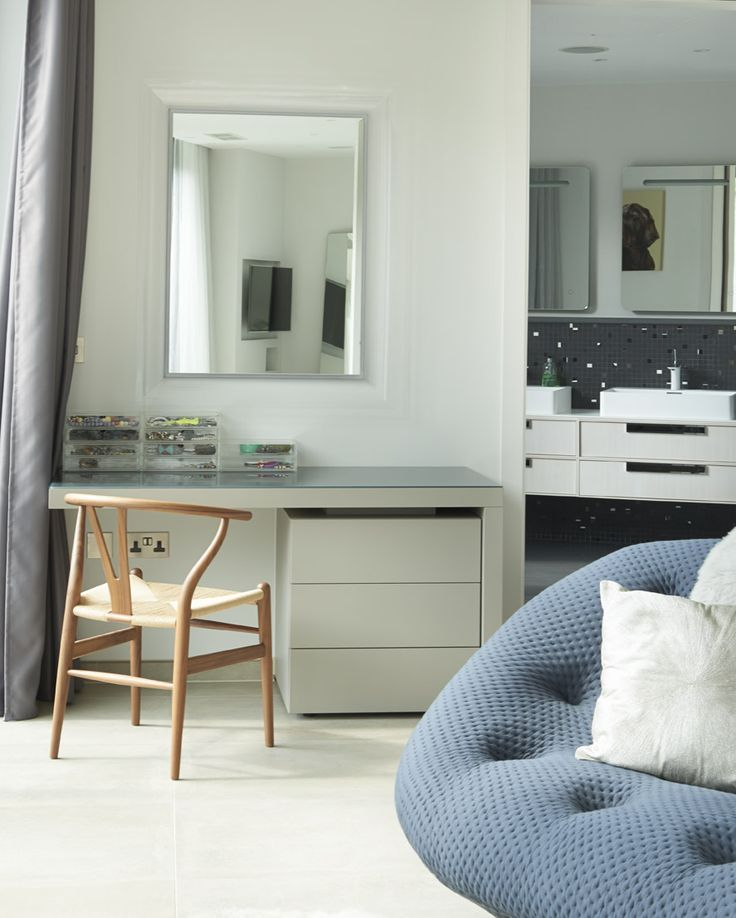 Bespoke Dressing Table With Anthracite Glass Top. Lema LCT Matt Lacquer  Furniture