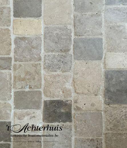 Bourgondische dallen. Vloeren, Floor, Tegels, tiles, oud, old, antiek, antique, interieur, interior. Oude bouwmaterialen afkomstig van 't Achterhuis.