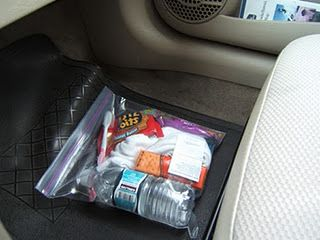 Manna Bags to give out to homeless that you see while driving. Wonderful idea and way to help someone!!