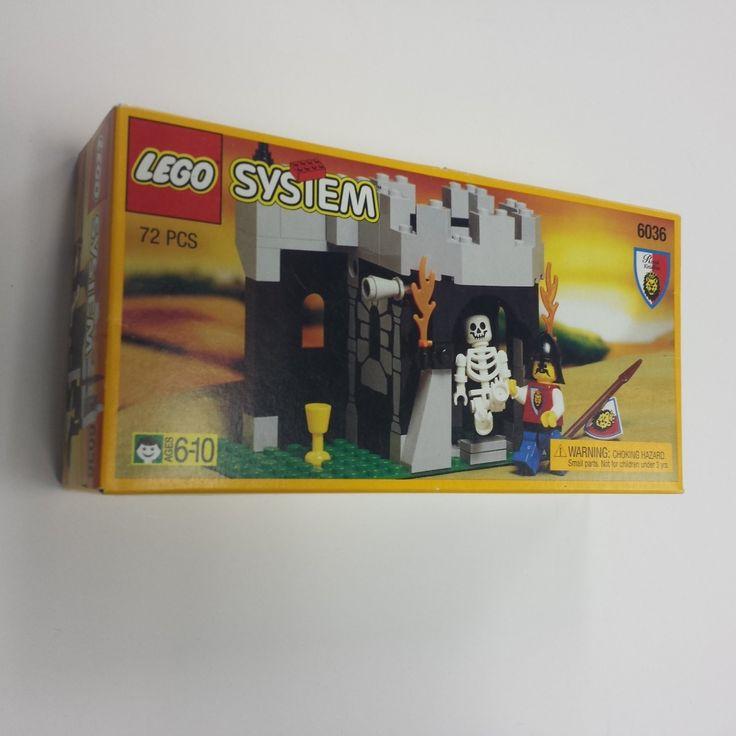 Lego System 6036 Skeleton Surprise