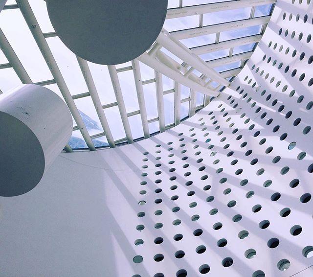 WEBSTA @ tachaxprada – @lookingup_architecture #lookingup_architecture – Justin Janczakowski
