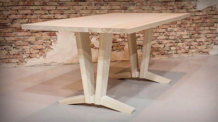essenhouten tafel - gezeept essen - gemaakt door meubelmaker Casper Rutges