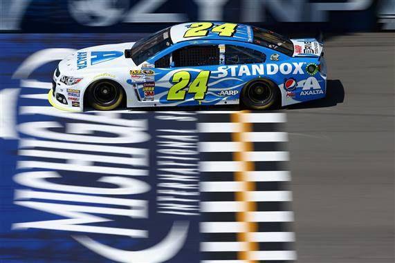 Jeff Gordon  (photo: NASCAR Images) Cool new paint scheme for Gordon!!!!