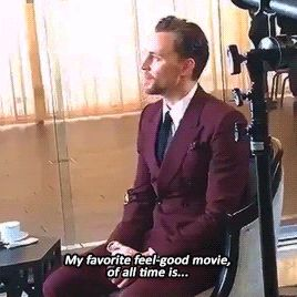Tom at the BAFTA LA Tea Party, January 7, 2016. Gif-set (by cheers-mrhiddleston): http://maryxglz.tumblr.com/post/155569971307/becausehiddles-cheers-mrhiddleston-tom-at-the Video: http://hiddlestonredalert.tumblr.com/post/155550657602/via-bafta-la-snapchat