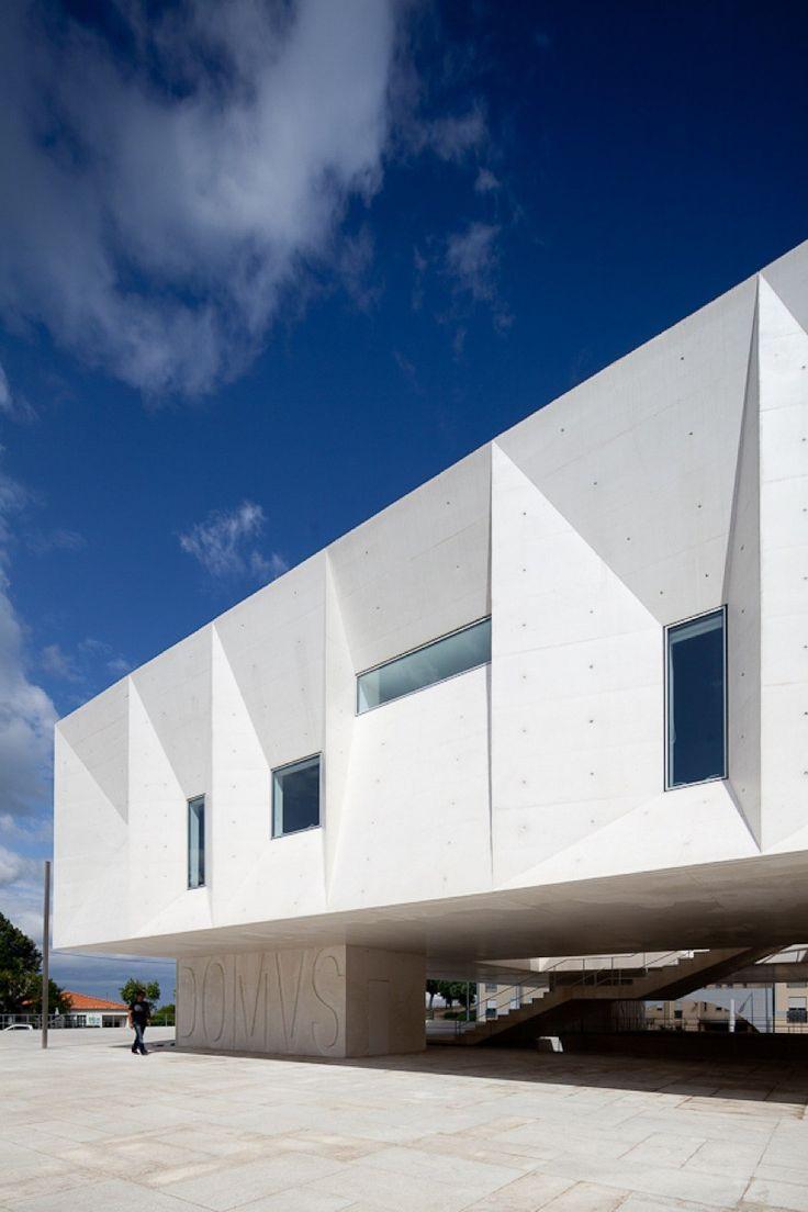 Gallery of Palacio de Justica de Gouveia / Barbosa & Guimaraes Architects - 2