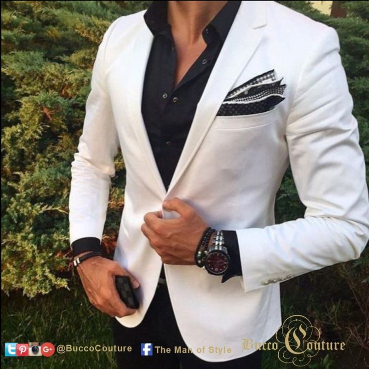 #FreestyleFridays When it is  5 PM slip into a white sport jacket and black pants and shirt!  Time to network and hit the happy hour looking like a star. #Bucco #BuccoBoutique #themanofstyle #TMOS  #Weddings #WeddingSuits #WeddingsByBucco #customsuits https://bucco.us/social-feed/