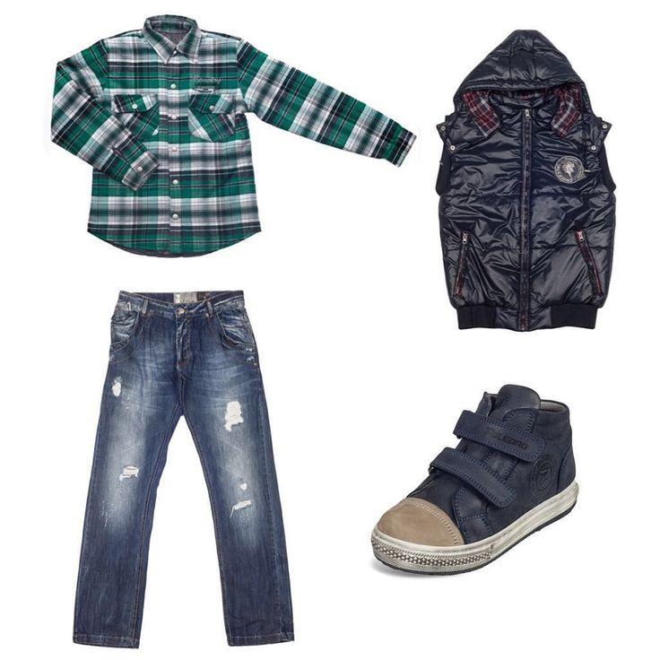 Puledro Erkek Çocuk Gömlek-Yeşil 4193 TL Puledro Erkek Çocuk Pantolon-Lacivert 4613 TL Puledro Erkek Çocuk Yelek-Siyah 6993 TL Puledro Erkek Çocuk Ayakkabı-Lacivert 10143 TL  #puledrokids #puledro #markabebe #çocukgiyim #bebekgiyim #kidsfashion #kidsstyle #babyfashion #babystyle #marka #kalite #tarzçocuklar #çocukpantolon #çocukgömlek #çocukayakkabı #çocukmont #çocukyelek #yeşil #lacivert #mavi #ilkbaharmodası #çocukmodası
