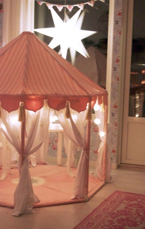 A Princess Castle made from PVC...Beautiful!   //  FOR A CHILD'S PLAYROOM!  (Or my 22 year old's bedroom, if she ever sees this picture! ......shhhhhhh!)  ♥A